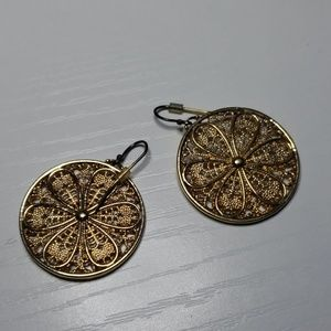 Filigree Circle Flower Earrings